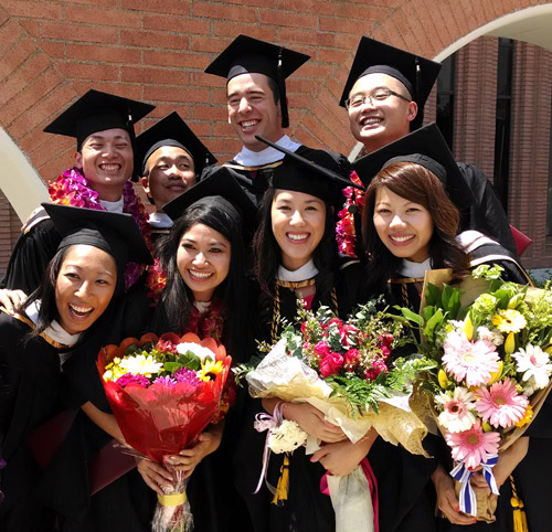 Students gather for graduation pictures at USC's Commencement 2014